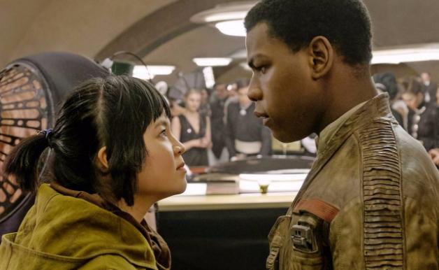Star-Wars-The-Last-Jedi-Finn-Rose-Tico-Canto-Bight